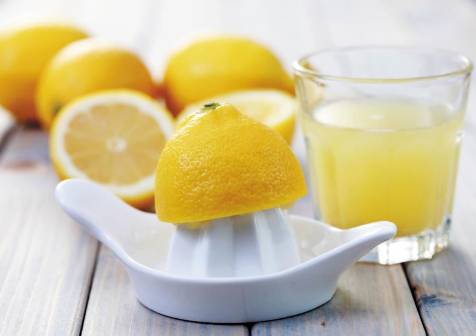 agua con limon estreñimiento