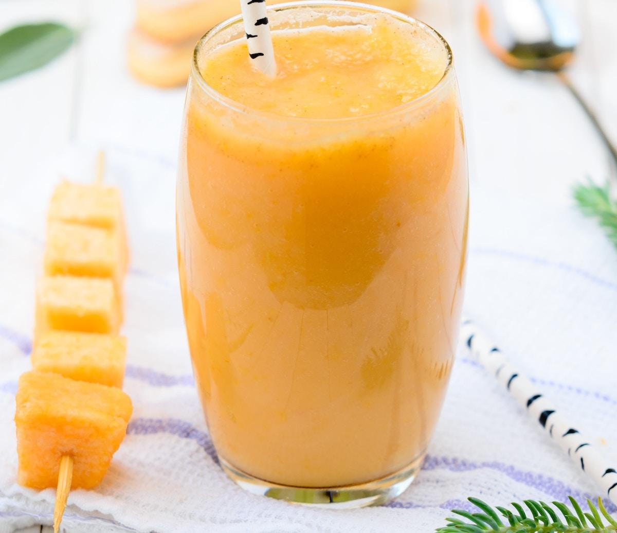 zumo de naranja verano