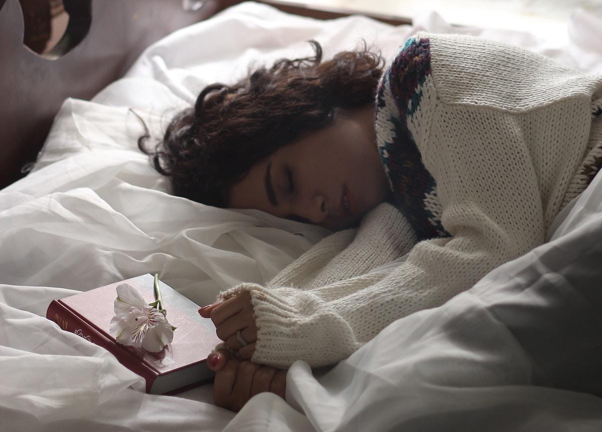Plantas medicinales que te ayudarán a dormir bien