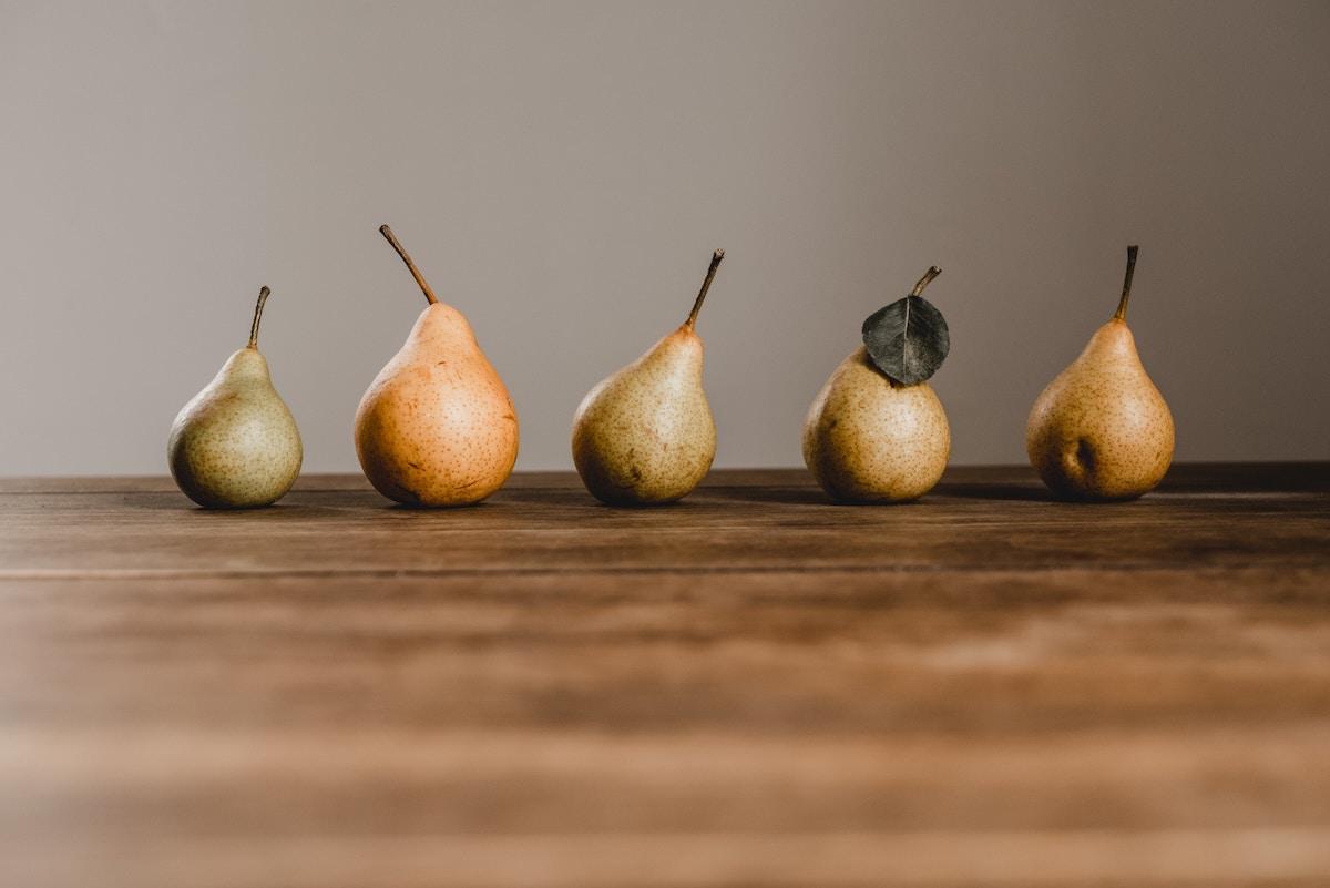 peras frutas de otoño