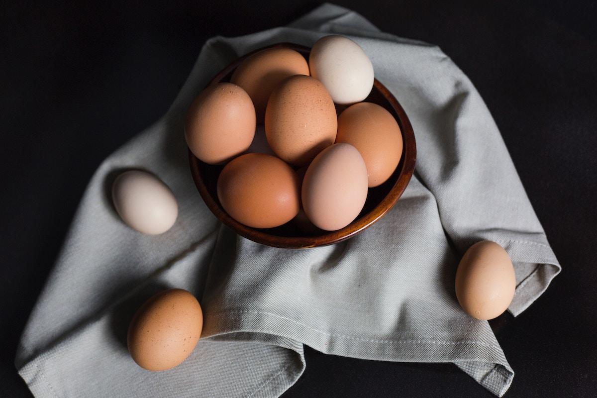 huevos alimentos ricos en proteinas